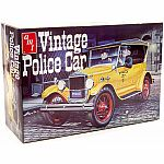 1:25 Scale Vintage Police Car - Model Kit